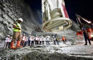 Yusufeli Barajında son beton döküldü: Türkiye'nin...